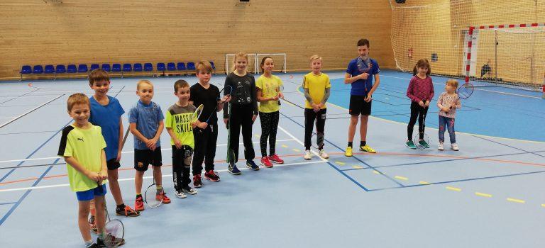 Páteční trénink dětí přesunut do tělocvičny ZŠ